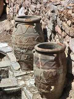 Knossos - 2 storage jars