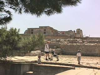 Knossos showing at least 4 levels