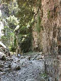Imbros Gorge gets narrow